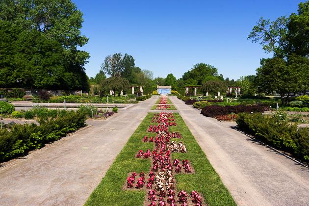 04 Botanical Garden .