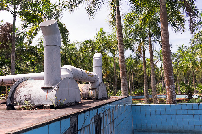 Abandoned Water Park of Thủy Tiên